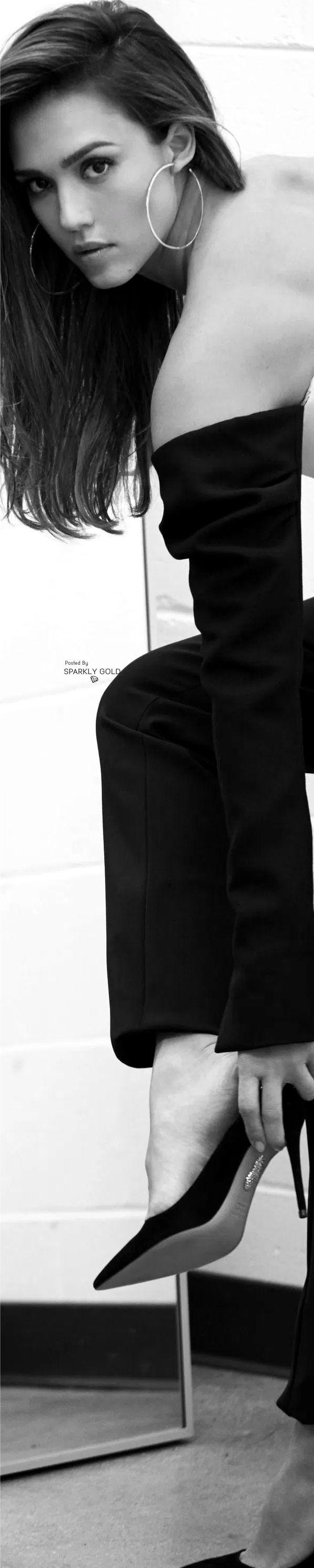 Jessica Alba/Harper´s Bazaar México March 17