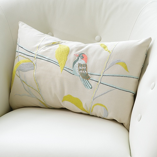 beautiful embroidery - outdoor themePillows Fight, Pillows Zincdoor, Homedecor Pillows, Whitemulti Pillows, Home Decor, Pillows Resources, Pillowoff Whitemulti, Global View, Decor Accessories