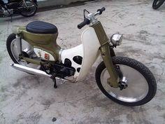 Customs  Honda C70