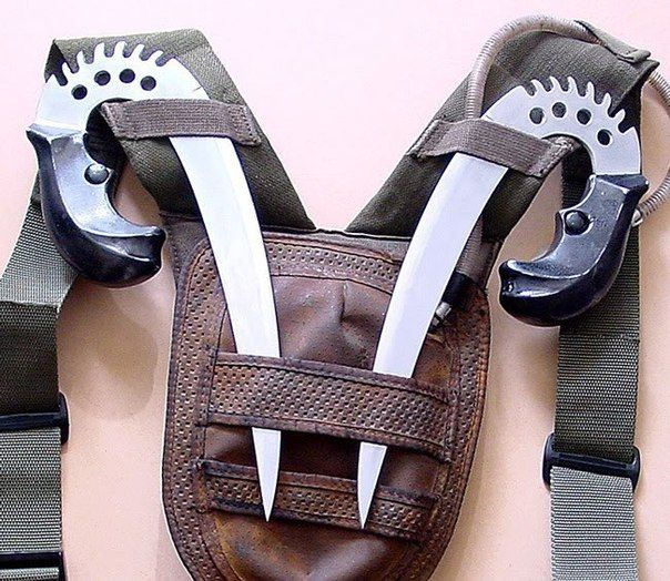 Replicas of Riddick's shivs + holster from The Chronicles of Riddick