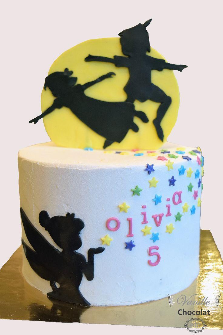 Peter Pan, Tinkerbell, moon, shadows and pixie dust cake.  Gâteau Peter Pan, fée clochette, lune, ombres et poussière de fée.