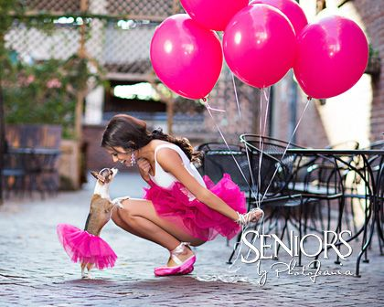 Doggy Dance: Dance senior picture ideas for girls #seniorpictureideas #seniorsbyphotojeania