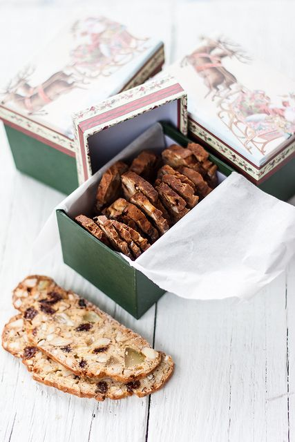 Dried fruit cookies - Biscotti di frutta secca _Jul's kitchen