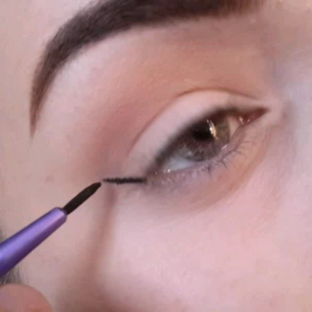 Winged eyeliner  Liner -elf gel eyeliner Firca- real techniques liner fircasi Bh cosmetics brush pink-a-dot set Concealer - elf concealer Kirpik-ebay 10lu kod 018 #aztagram #azstagram #makeup #makyaj #vegas_nay #anastasiabeverlyhills #vegas_nay #anastasiabeverlyhills #kosmetik #kosmetika #dirnaq #gozellik #guzellik #bloggers #maya_mia #motivescosmetics #azerbaycan #azerbaijan #makiyaj #revlon #mattebalm #aztagram #azstagram #lillyghalichi @wakeupandmakeup #wakeupandmakeup #makeupvideoss