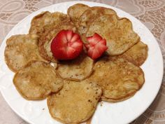 """Experiment gone right, yum - P2 """"pancakes"""" - my recipe - 1 egg, 1/2 teaspoon konjac flour (flour made from the root that is used to make miracle noodles, pure fiber), 1/2 teaspoon of vanilla, 1/2 baking powder, dash of vanilla, dash of salt, dash or cinnamon and stevia to taste, half a cup of water, add more if needed, whip in a blender and fry on the non-stick coconut oil, enjoy"""