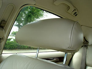 Correctly adjusting your headrest to prevent whiplash