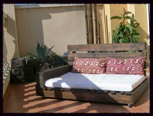 Muebles de Palets: Como hacer un sillón-chaiselong con palets, explicación y planos