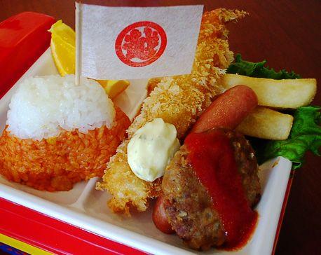 カンペキな「お子様ランチ」を求めて~第3回 日本橋三越の「お子様ランチ」~ - まだある。昭和食堂   まだある。昭和ナビ