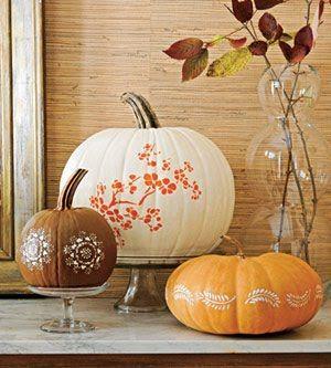 Stenciled pumpkins: Pumpkin Ideas, Fall Decor, Falldecor, Pumpkin Decor, Autumn Centerpieces, Holidays Decor, Paintings Pumpkin, Pretty Pumpkin, Stencil Pumpkin