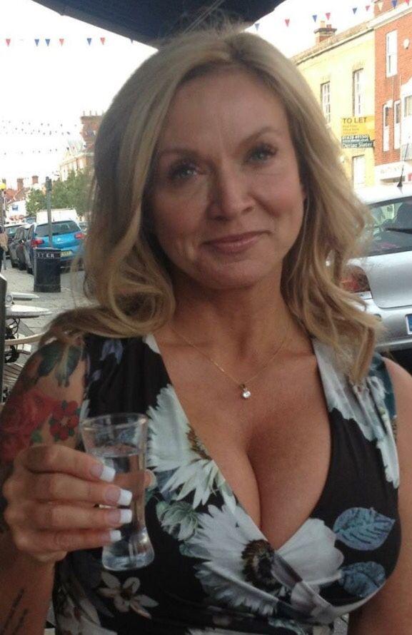 Ab sexy 50 frauen Verheiratete Frauen