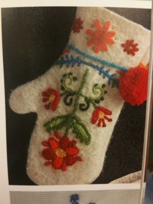 absolutely gorgeous....from book Scandinavian Needlecraft by rose