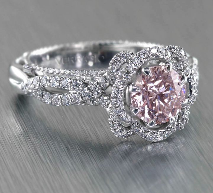 I'm not one to want a colored engagement ring but this is pretty