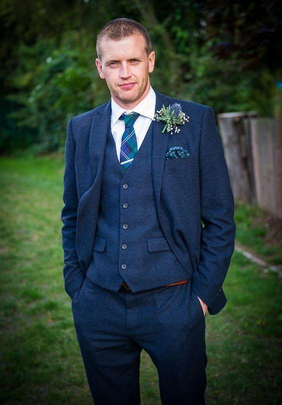 2018 Latest Coat Pant Designs Navy Blue Tweed Men Suit Slim Fit 3 Piece  Tuxedo Tailored Style Suits Groom Prom Blazer Masculino ebb86b76f561