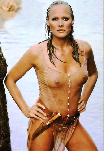 Bond Girls - Categories -