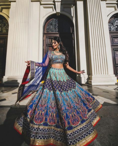 The dancing queen ❤ Here's another shot from our Fremont California collaboration shoot with such an amazing team  Manpreet looks stunning in this digital print lehenga. Special thanks to our amazing vendors for making it happen! Super dream team ❤ Email sales@wellgroomed.ca for further questions!