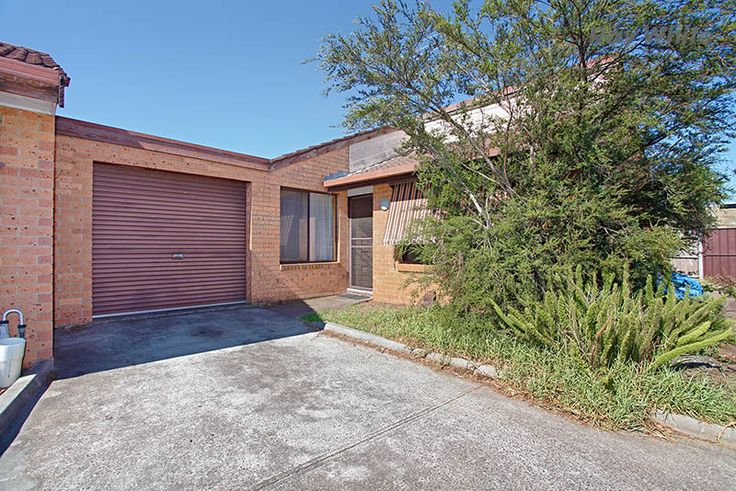 2/27 grace street laverton VIC 3028