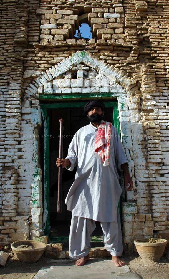 tomb in bhag nari lehri district balochistan baluchistan travel