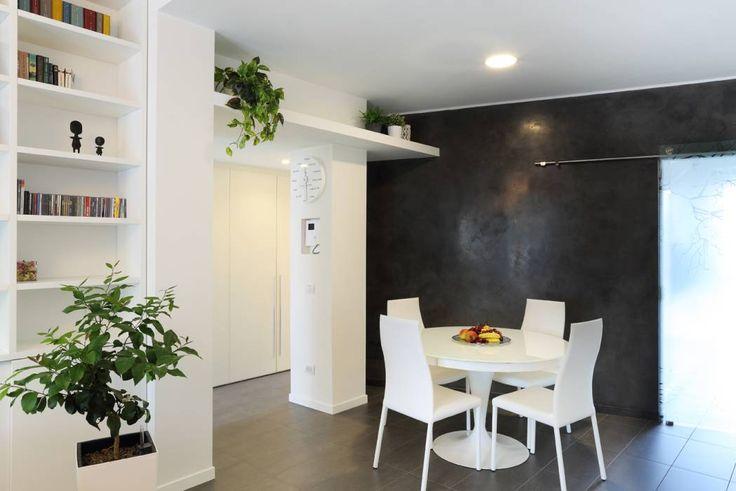 piccoli escamotage in 70 mq: Sala da pranzo in stile in stile Minimalista di studio ferlazzo natoli