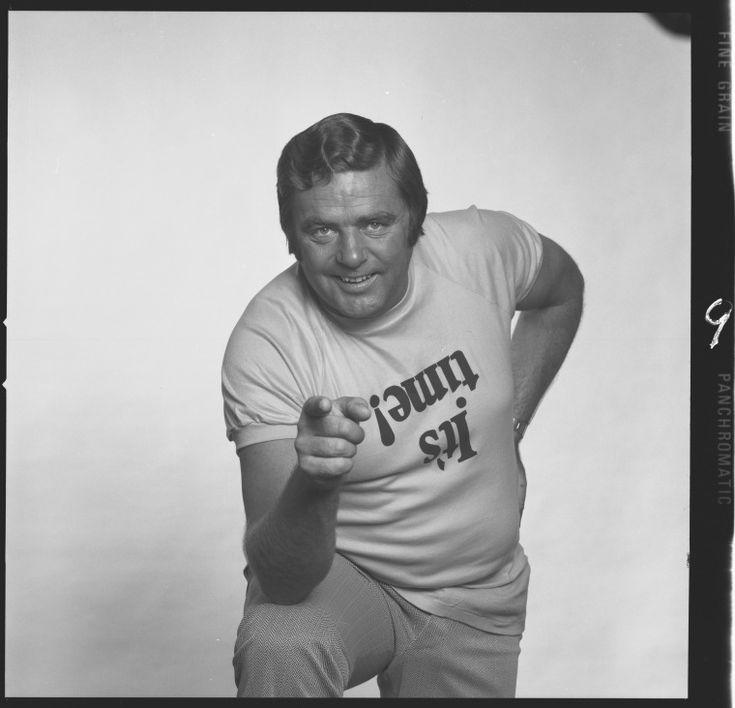 359953PD: John K. Watts, radio personality wearing an It's Time T shirt, 1973 https://encore.slwa.wa.gov.au/iii/encore/record/C__Rb3096589