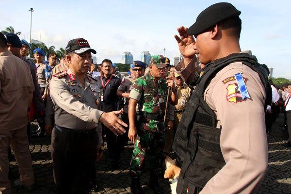 Jakarta - Potensi gangguan keamanan jelang perayaan Natal dan Tahun Baru 2017 menjadi perhatian...