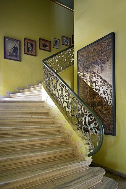 333 best images about indian rooms on pinterest for Interior staircase designs india