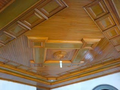 Desain Plafon Kayu Modern dan Klasik - Setelah sebelumnya membahas mengenai Desain Plafon Gypsum Minimalis Modern, sekarang Blog Rumah Minimalis akan membahas mengenai desain plafon kayu klasik untuk rumah Anda. Plafon bukan hanya sebagai penutup kerangka atap semata, saat ini plafon juga berfungsi sebagai pemanis ruangan.
