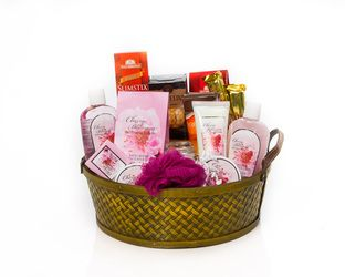 """Simple Pleasures"" Basket     Assorted Bath Products in a Woven Basket with All Gold Caramel Truffles, European Chocolates, Waterbridge Chocolate Toffees & Belgium Chocolates.    Give the Gift of Life's Simple Pleasures with this Basket    $60.00 CAD"