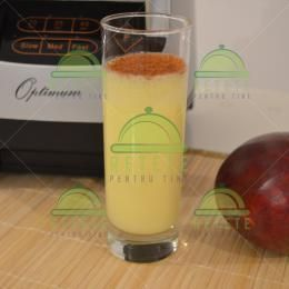 Mango smoothie | Retete Pentru Tine