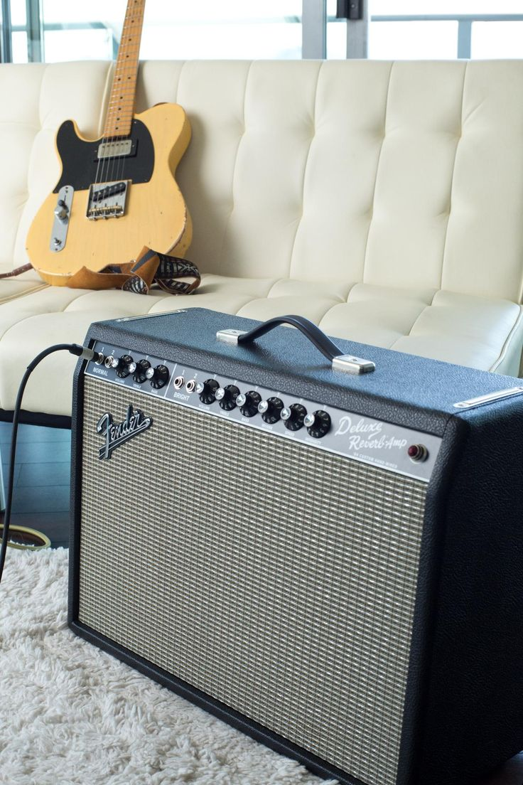Please welcome this gorgeous hand-wired '64 Custom Deluxe Reverb to the Deluxe Reverb #amp family! More info/get yours