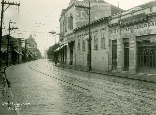 Rua da Liberdade (13/05/1930) - Obras de pavimentação da Rua da Liberdade, no bairro da Liberdade.