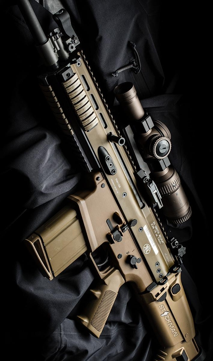 FN Herstal SCAR with Vortex Optics scope on an Arc'teryx LEAF Alpha jacket. By Stickman.