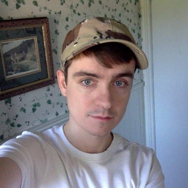 Pelaku penembakan Quebec adalah ekstrimis sayap kanan  OTTAWA (Arrahmah.com) - Seorang pria yang melepaskan tembakan di sebuah Masjid di Quebec disinyalir sebagai penganut aliran sayap kanan IBTimes melaporkan pada Selasa (31/1/2017).  Alexandre Bissonette (27) adalah satu-satunya tersangka dalam penembakan pada Ahad malam (28/1) dan didakwa dengan enam tuduhan pembunuhan tingkat pertama dan lima tuduhan percobaan pembunuhan pada 30 Januari.  Dia sebelumnya tidak diketahui polisi tetapi…
