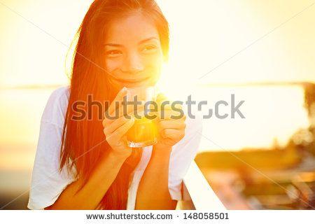 Balkon Sonne Stockfotos und -bilder | Shutterstock