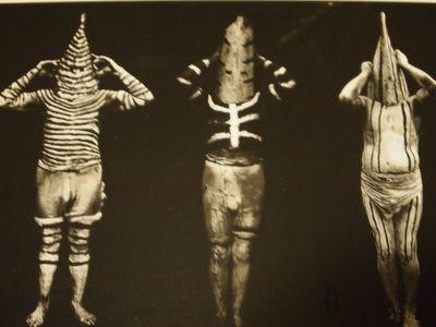 パタゴニアに19世紀まで存在していた裸の民族「ヤーガン族 (Yaghan people)」(別名: ヤマナ族)