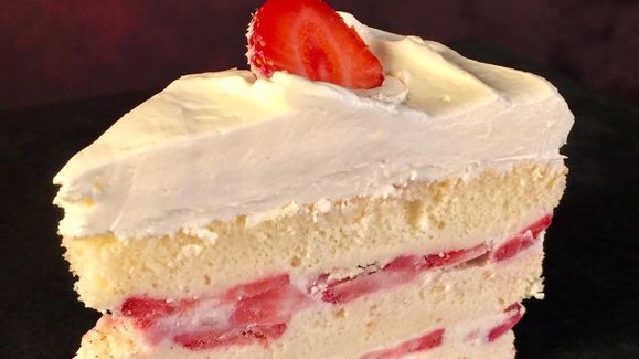 Clinton Kelly's Strawberry Shortcake Ice Cream Cake