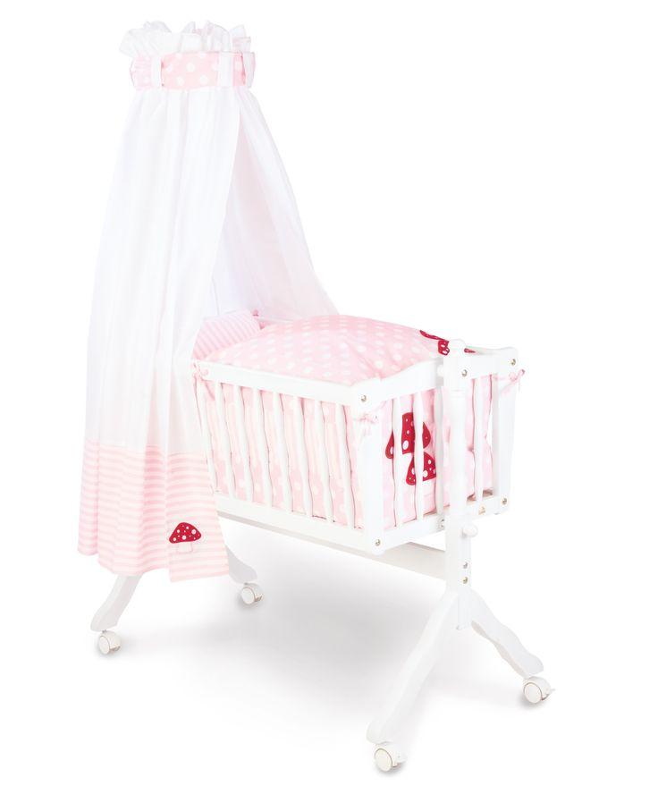 Wiegje Tina gemaakt van witte beuk, meegeleverd matrasje. #Wieltjes #Wiegen #Babybed