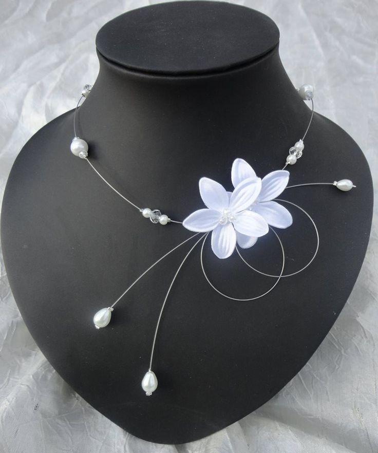 Collier mariée perles crystal fleur de satin blanc blanches mariage soirée blanc modéle LilouPersonnalisable : Collier par tendancebijoux