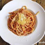 Olasz paradicsomos tészta (bucatini all' amarticiana)