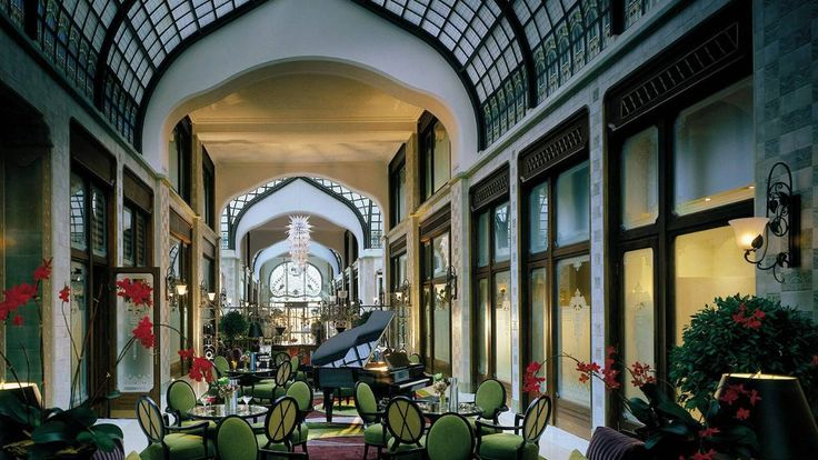 Four Seasons Budapest - I haven't slept here but we did pop in for a coffee - absolutely stunning