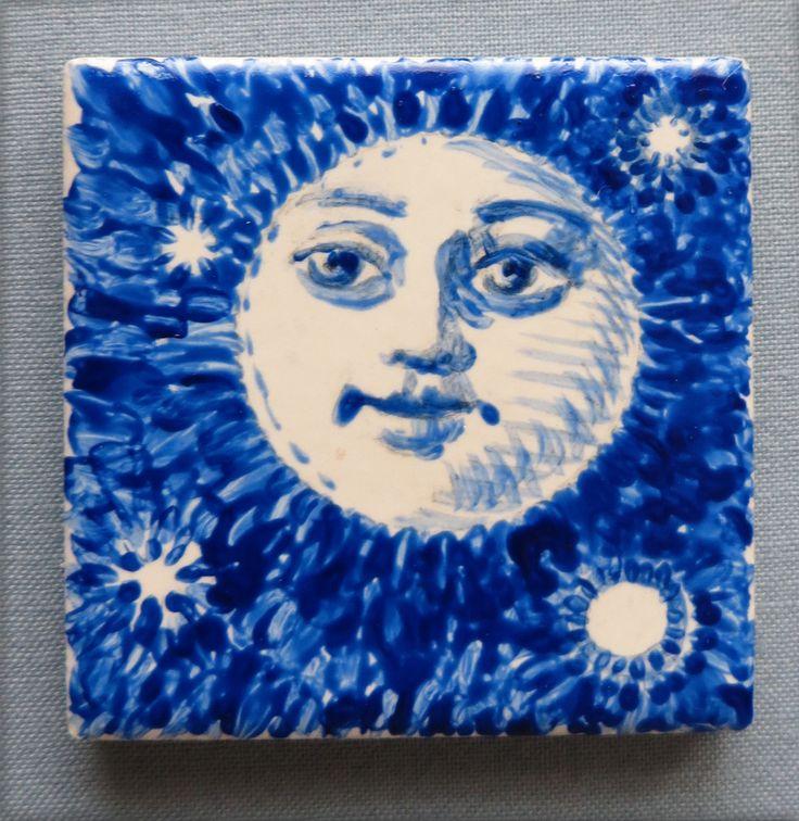 """Night Light"", 2014, by Lorraine K. Muenster, 2 x 2 inches"