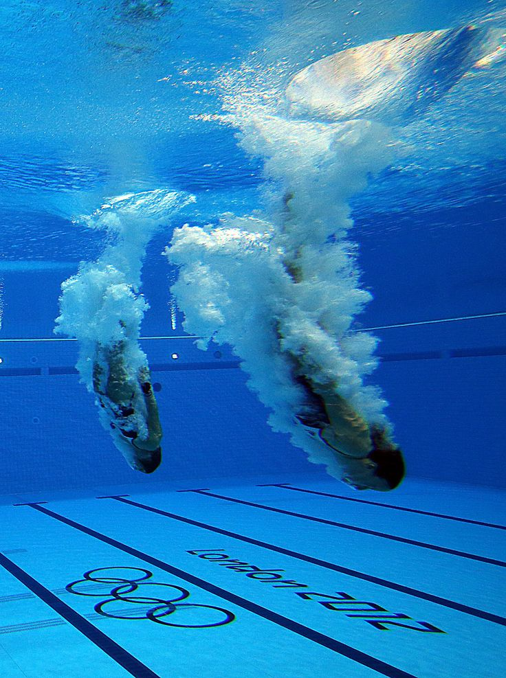Divers:    Alicia Blagg and Rebecca Galantree of Great Britain compete in the Women's Syncronised 3m Springboard during the 2012 London Olympics at the Aquatics Centre  on July 29, 2012 in London, England.    Photo by: Ian MacNicol/Getty Images