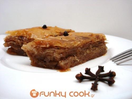 Baklava, The Best Christmas Dessert!