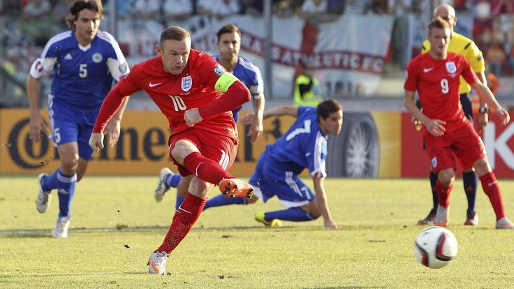 @England Wayne Rooney: English skipper says he would love to break Sir Bobby Charlton's record at Wembley Stadium #9ine