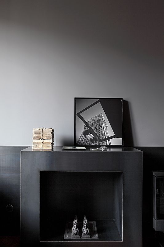 Mooi inspiratiebeeld schouw bekleed met staal Interesse aan bijzondere creaties zoals Schouw, wanden, trap, trapleuning, balkonhek meubels etc van staal op maat? www.molitli-interieurmakers.nl selecteert en faciliteert de beste vakmensen.