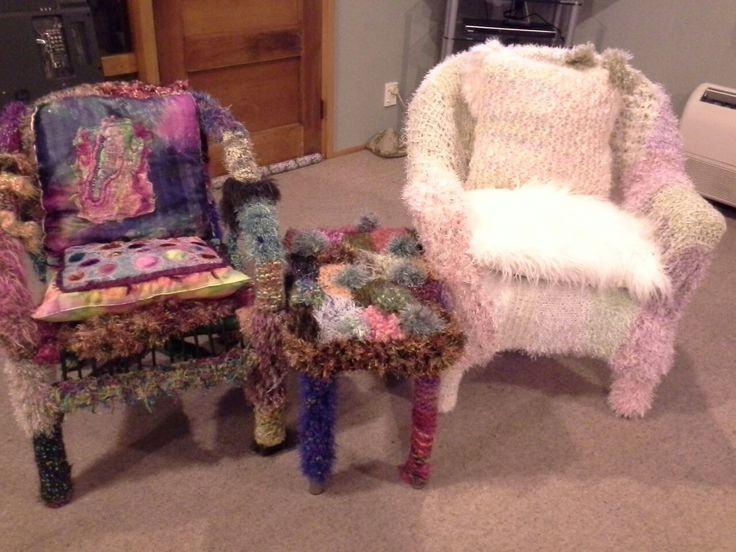 yarn bombed chairs +table 2016