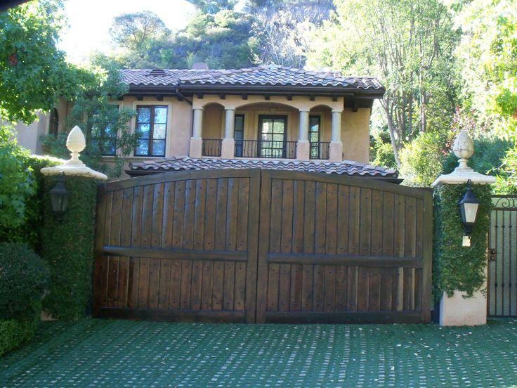 Kim Kardashian Home Kim Kardashians Beverly Hills Home