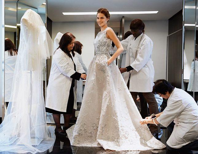 Снятие замеров для пошива платья