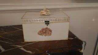 Funky-Junk: Wedding Day Mementos Box