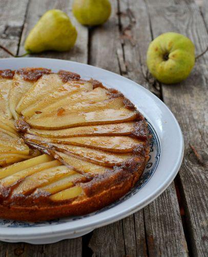 Ανάποδο κέικ με αχλάδια και μέλι