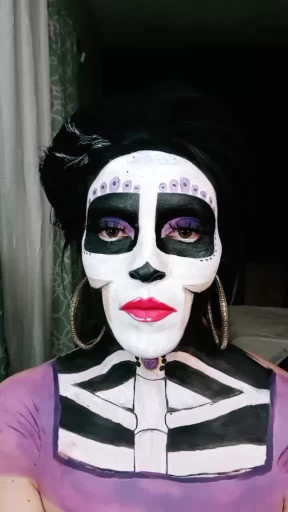 Kerena V Kerena Ve On Tiktok Llorona Lloronachallenge Cocomovie Mamaimelda Coco Cosplaygirl Disney Fyp Makeup Halloween Face Makeup Halloween Face